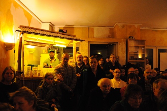 Bild zeigt Publikum im Afrika Haus