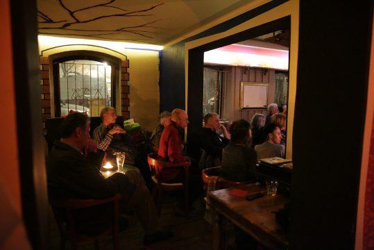 Bild zeigt Publikum beim Filmabend im Subito